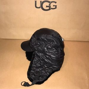 Women's UGG QUILTED ALL WTHR TRAPPER BLACK